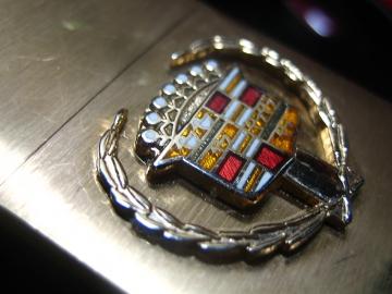 Cadillacキャデラックの旧エンブレム